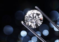 How to choose a diamond and the diamond Jewelry