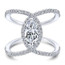 Heart Shaped Diamond Matching Wedding Ring