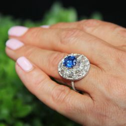 Designer Vintage Engagement Rings Are Now More Popular Than Ever