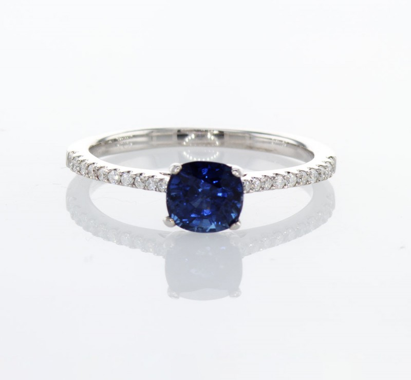 Buy The Best Quality Sapphire Engagement Ring